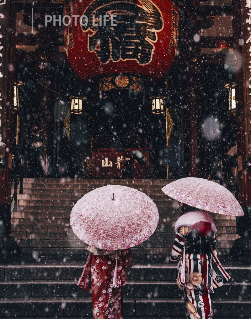 Asakusa in the snow